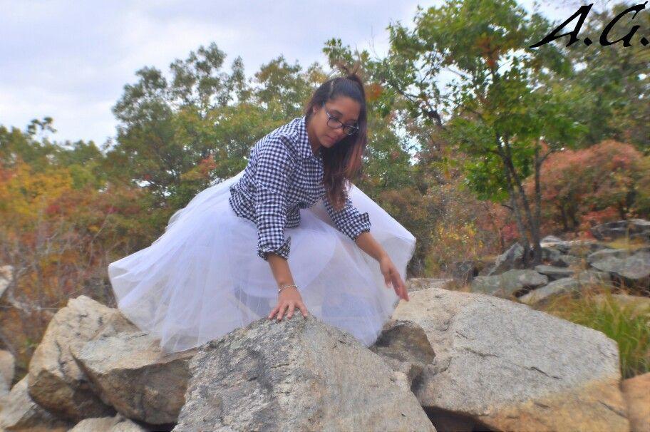 Rock pose