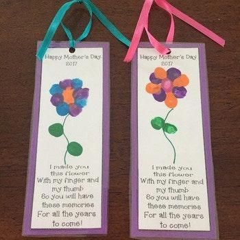FREEBIE! Mother's Day Bookmark Craft #grandparentsdaycrafts