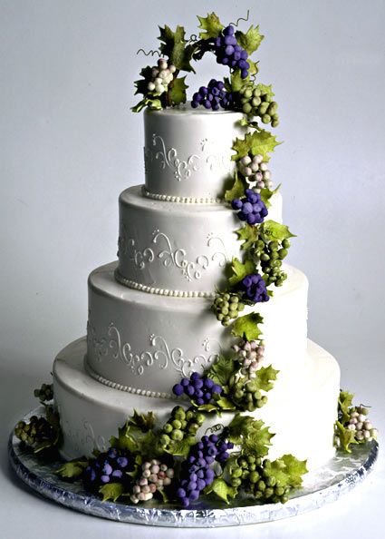 wine themed wedding cakes - Google Search LOVE THE FLOW OF THE VINE ...