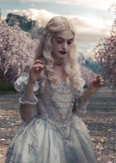Anne Hathaway In Alice In Wonderland Disney Weiße Königin