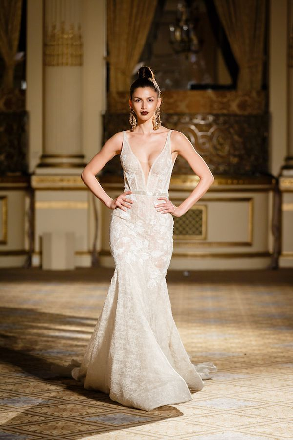 The Berta Bridal Spring 2018 collection highlights the Israeli designer's romantic yet avant-gard design style.