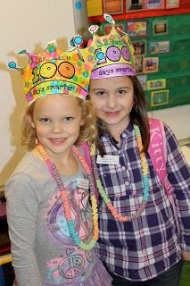 Mrs. Lee's Kindergarten: Say Hey...It's the 100th Day!  (with link to adorable 100th day crown)
