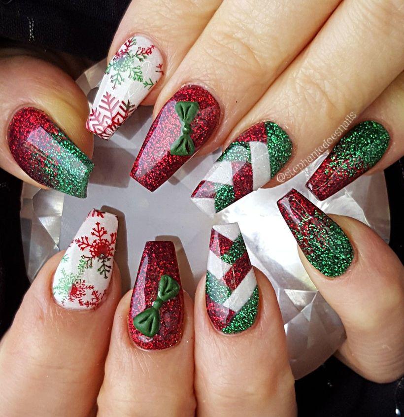 55 Awesome Christmas Nail Art Design Ideas For Holiday Season 네일아트 메이크업