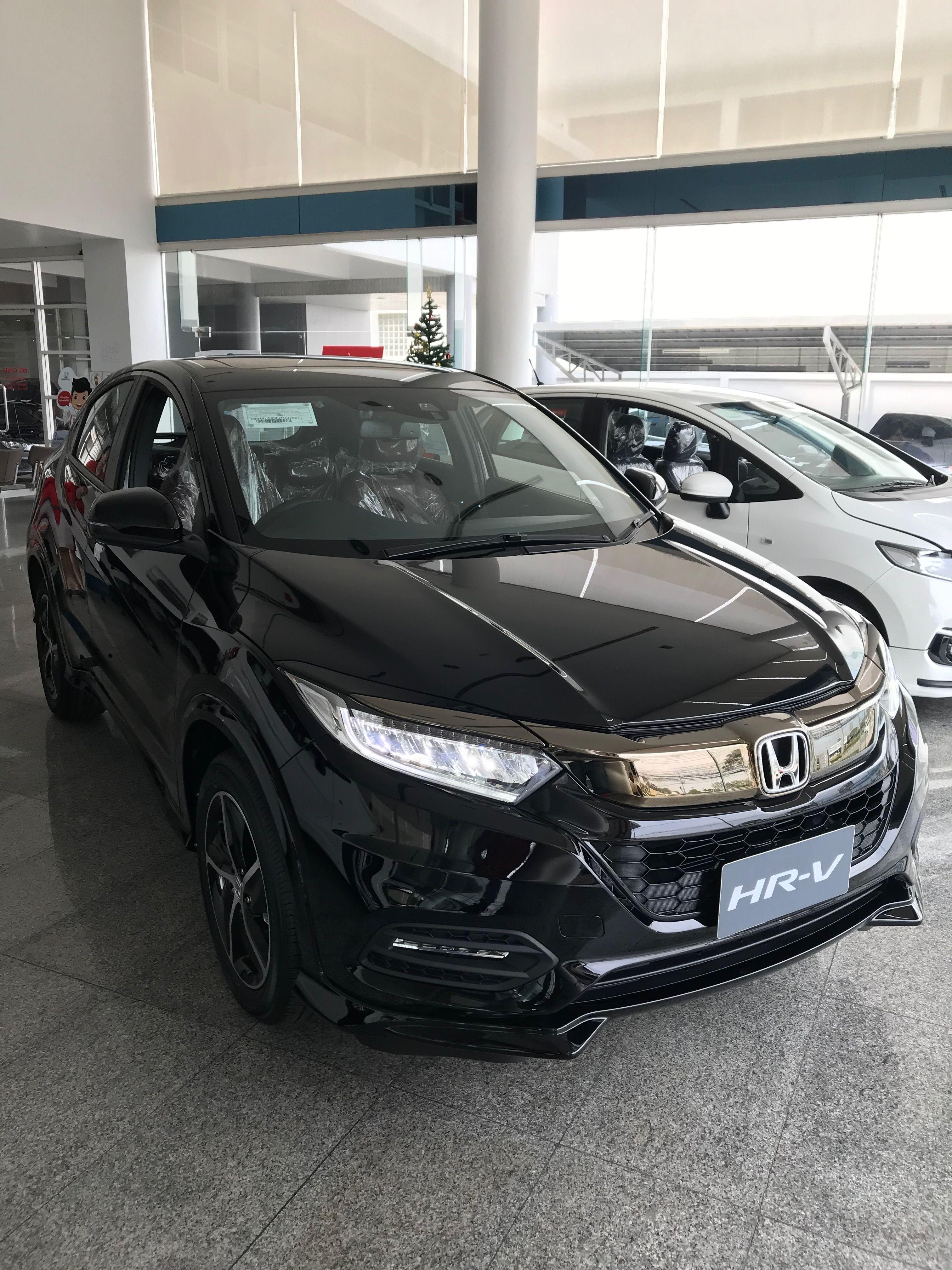 Honda Hr V Rs 2020 26 Lakh Real Life Review In 2020 Honda Honda Hrv Subcompact