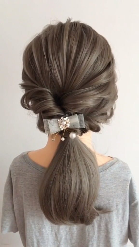 10 French hair braids tutorials step by step easy -How to French Braid Your Own - Love Casual Style -   16 hairstyles Step By Step updo ideas