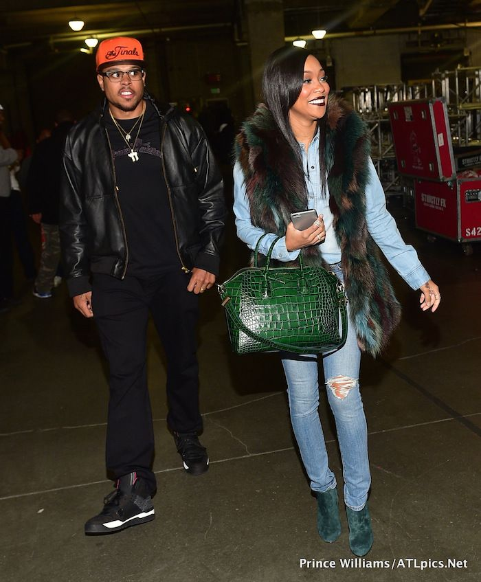 787 monica brown s chris brown tyga concert givenchy antigona green croc bag 3137b24828886