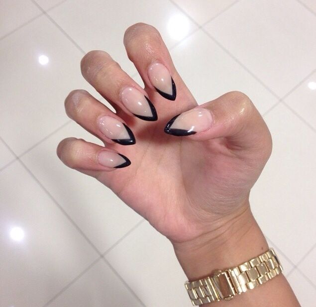 Black Outline French Pointy Nails Fashion Nails Gel Nails