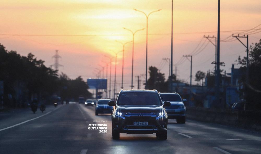 Review đanh Gia Mitsubishi Outlander 2020 đủ Dung Va Nham Chan đanh Gia Zing Vn Trong 2020 Mazda địa Hinh