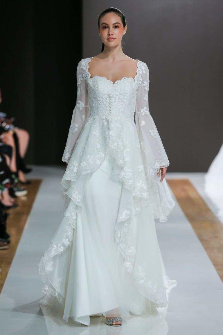 Hot off the runway, these sleek and chic Mark Zunino wedding dresses ...
