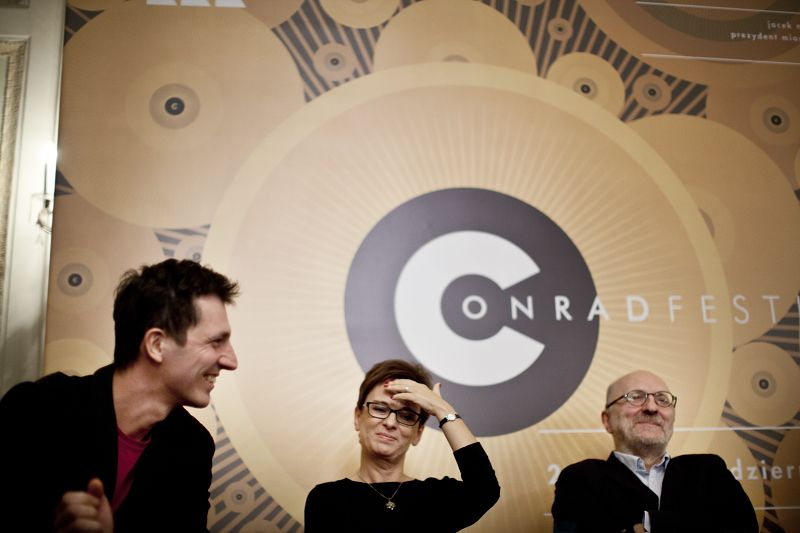 Conrad Festival 2014 - Show Me your Tongue, and I'll Tell You Who You Are - Discussion: Inga Iwasiów, Zbigniew Kruszyński, Jerzy Sosnowski - pic. Grzegorz Ziemiański www.fotohuta.pl