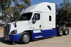 2017 Freightliner Cascadia Bakersfield Freightliner Freightliner Cascadia Heavy Duty Trucks