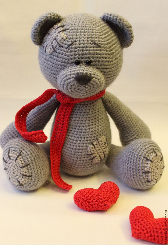 Free Crochet Patterns Bear with heart -  Free Amigurumi animals patterns in our new app #crochetbearpatterns