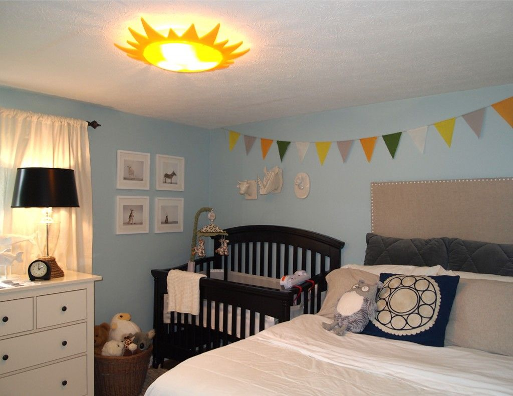 Baby bed in parents room -