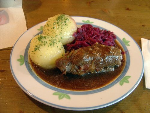 traditional german food roulade kn del rotkohl so e essen pinterest essen deutsches. Black Bedroom Furniture Sets. Home Design Ideas