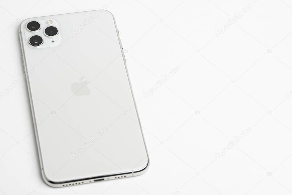 Iphone 11 Pro Max Silver Stock Photo Ad Pro Iphone Max
