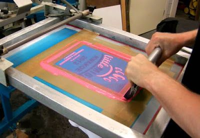 Silk screen printing  screen printing screens  tee shirt screen     Silk screen printing  screen printing screens  tee shirt screen printing   silk screen t