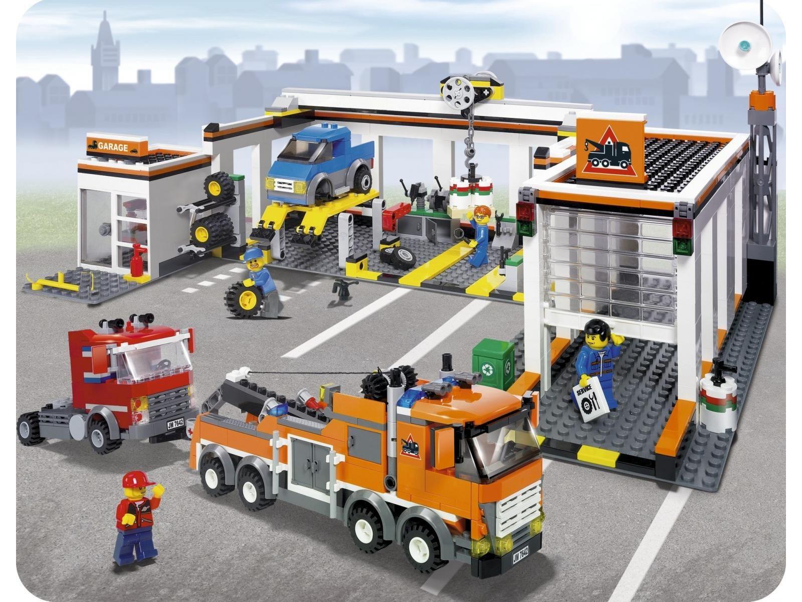 LEGO - 7642 - Le garage   Lego, Lego city, Garage
