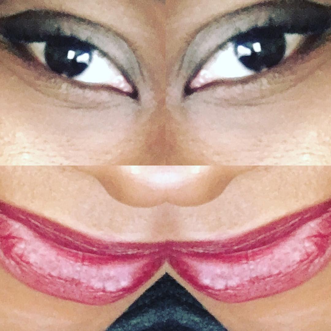 This is my goofy  face! SHOP BClanBeauty.com link in bio#Shoplocal #Canadian #cosmetics  #love #ClanBeauty #followme #wakeupandmakeup #makeup #makeupstore #Toronto #beauty #skin #skincare #women #girl #lipstick #Cute #me #torontolife  #entrepreneur #womeninbusiness #canadianbusiness #motd #mua #instapic #instamood #picoftheday #instamakeup #instacollage