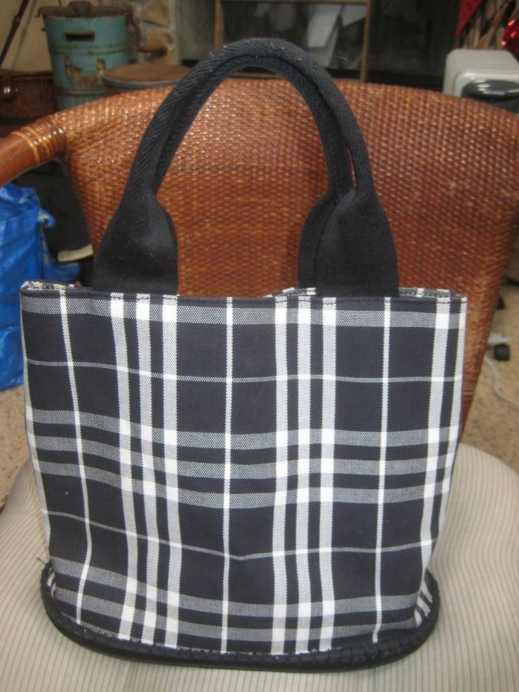 BURBERRY Black White Nova Check Bucket Sisal Canvas Rubber Bottom Feed Tote  Bag 7203b7a87d58b
