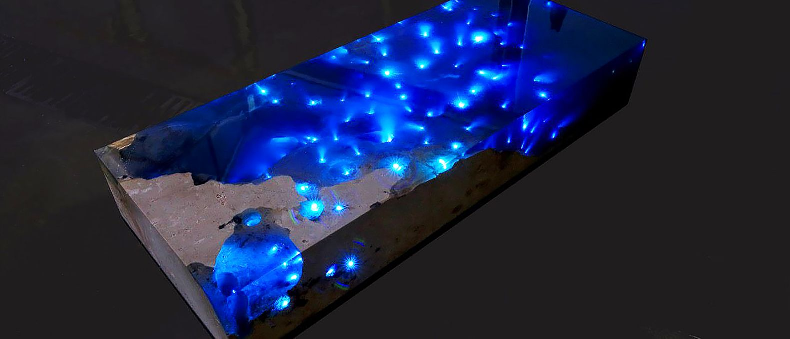 Mesmerizing Resin Table Illuminates A Starry Sea With