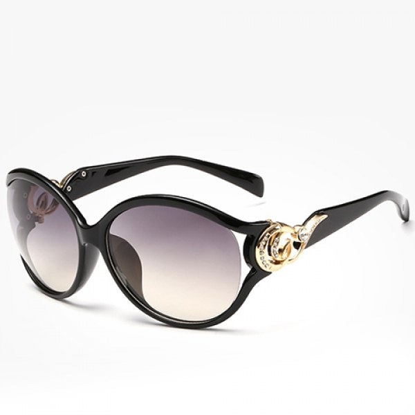 6.71$  Buy now - http://di5bv.justgood.pw/go.php?t=175346201 - Chic Rhinestone and Cloud Shape Embellished Women's Sunglasses