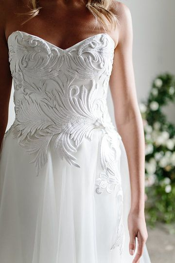 Love the style and thickness of this embroidery