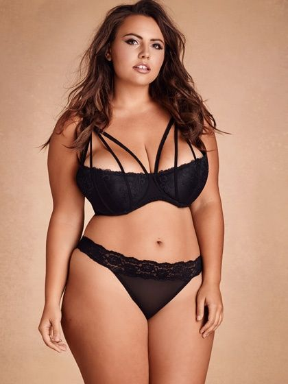 6e2bf14b2 Riley Ticotin Hot | Plus Size Melissa Strappy Shelf Bra | Hips & Curves