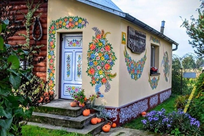 Wunderbar Hausfassade Gestalten Zalipie Creme Farbe Bunte Muster