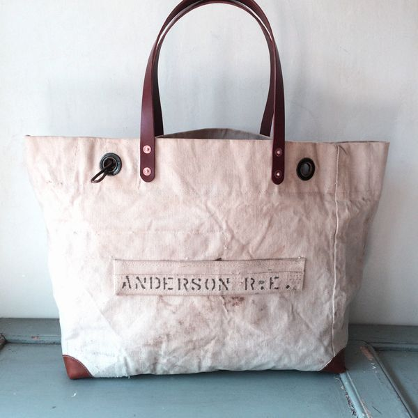 e54f67fa672 40 s USN vintage canvas remake tote bag. Heavy duty canvas from 40 s. Color  of canvas is white. IND BNP 00131 USN W57.5cm H36cm D15cm Handle49cm
