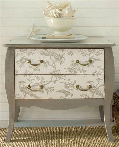 Relooker un meuble avec du papier peint! Voici 20 idées pour vous - Moderniser Un Meuble Ancien