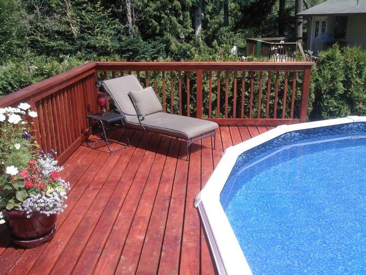poolumrandung holz terrasse garten liegestuhl pflanzen bluehnd pool pinterest. Black Bedroom Furniture Sets. Home Design Ideas