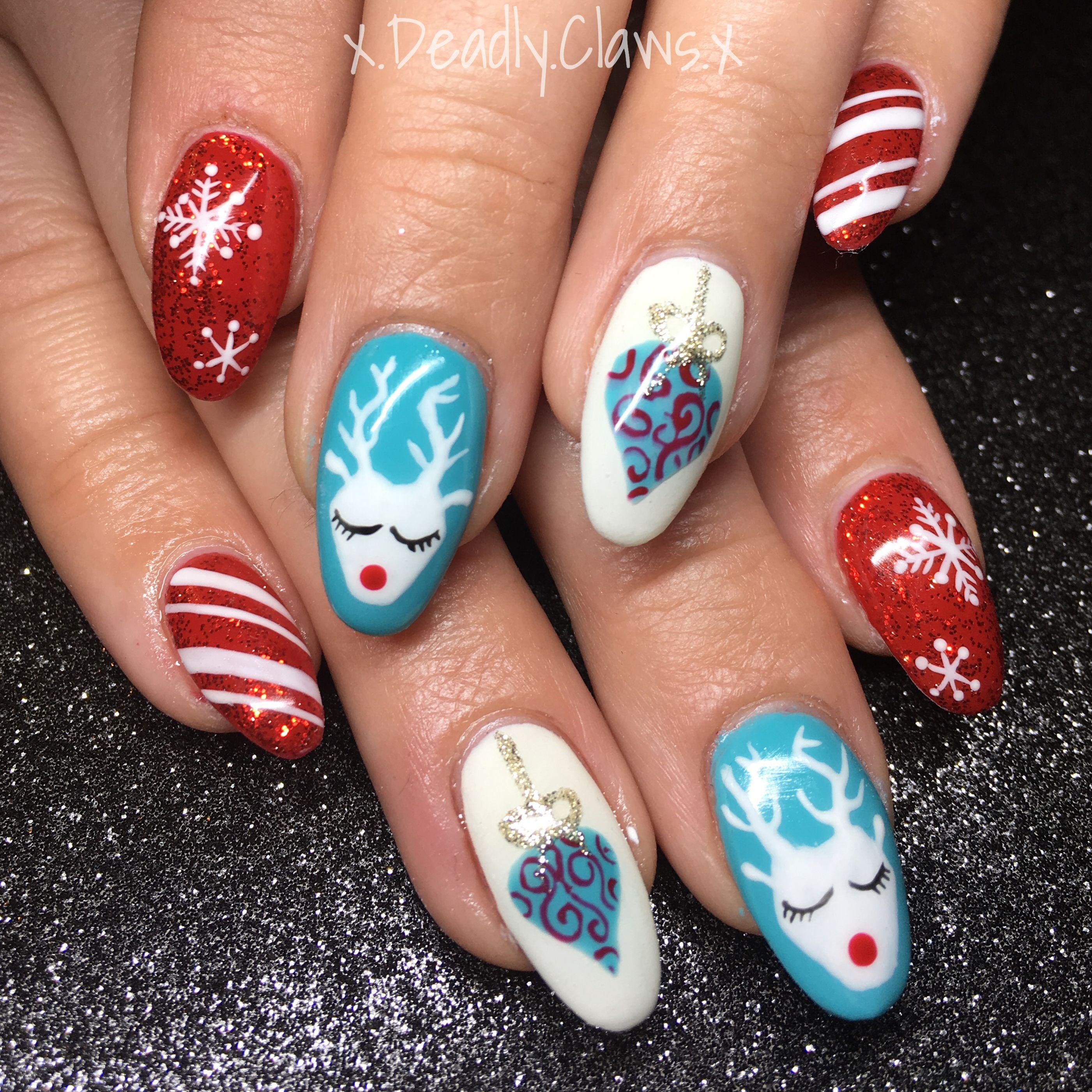 Nail art gel nails acrylic nails reindeer nails Xmas nails Christmas ...