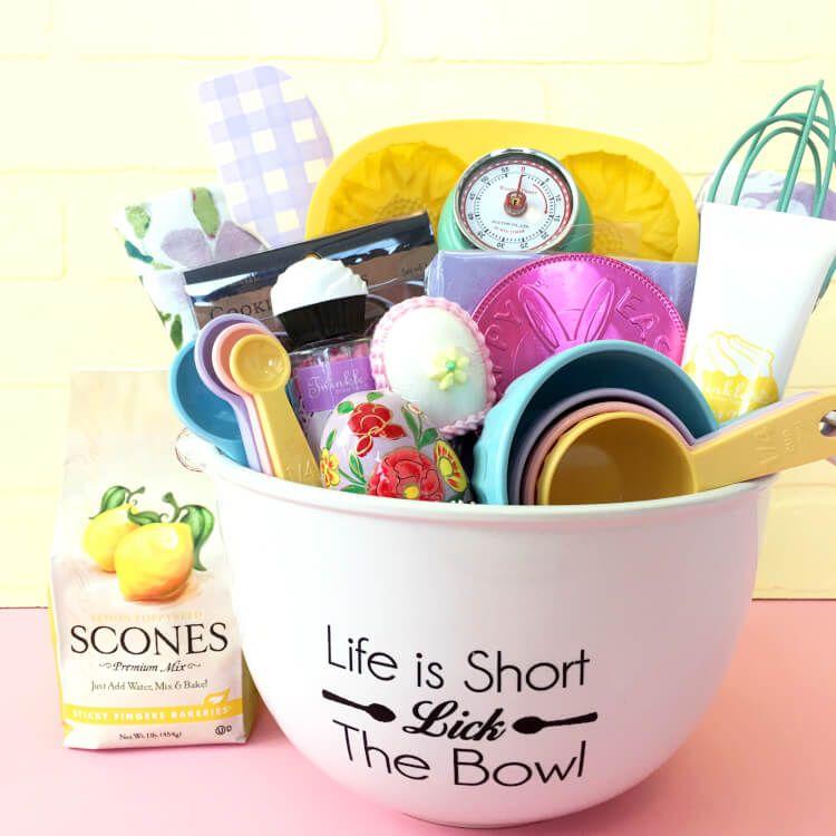 Easter baking gift basket easter bunny easter and bunny for Homemade baked goods gift basket ideas