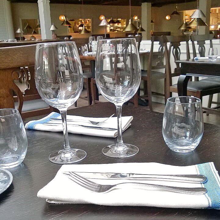 Mikä ravintola? #mikäravintola #ravintola #food #foodgeek #foodgasm #foodie #foodblogger #foodporn #foodshare #instagood #foodlover #ruokablogi #ruoka#kotiruoka #herkkusuu #lautasella #Herkkusuunlautasella