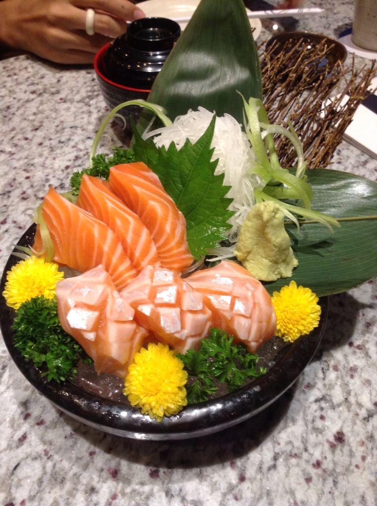 Basic salmon sashimi