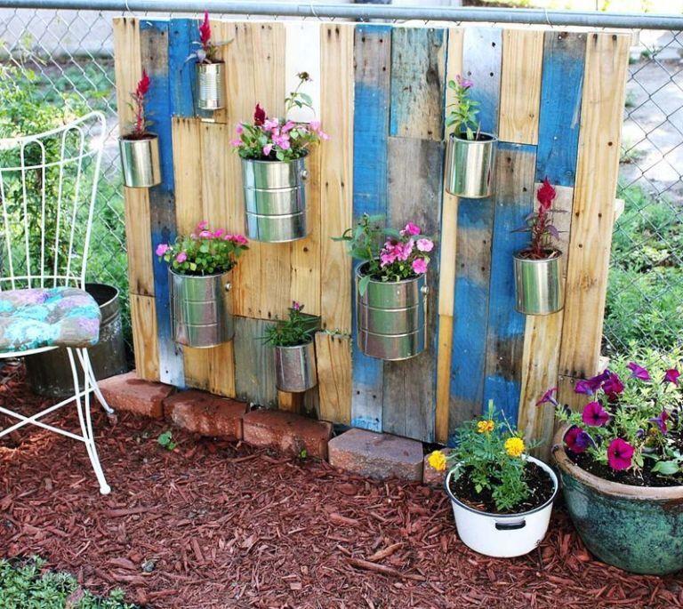 16 Creative Diy Vertical Garden Ideas For Small Gardens: Creative Decorating Ideas For Small Backyards