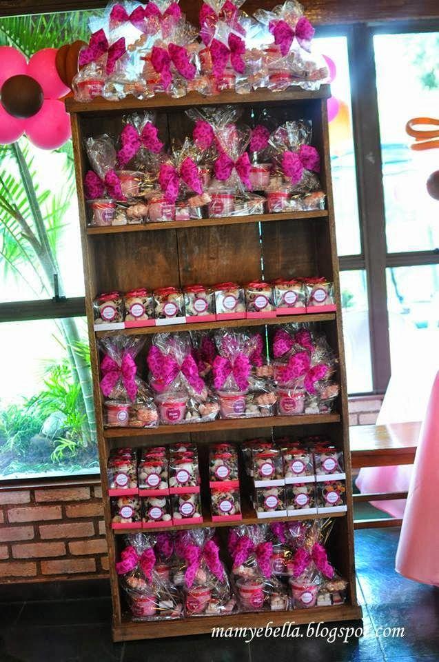 Mamy e Bella provençal festa Onça rosa oncinha e rosa Party