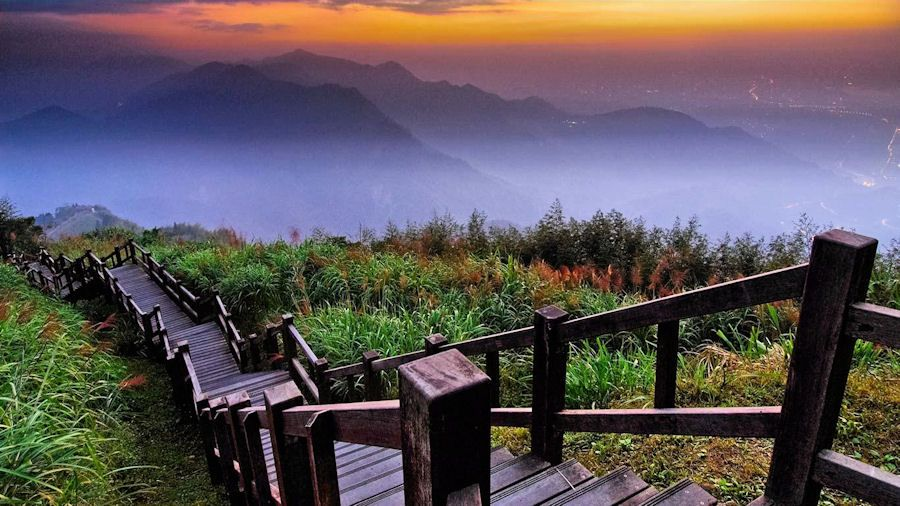 taiwan trip journey from taipei alishan