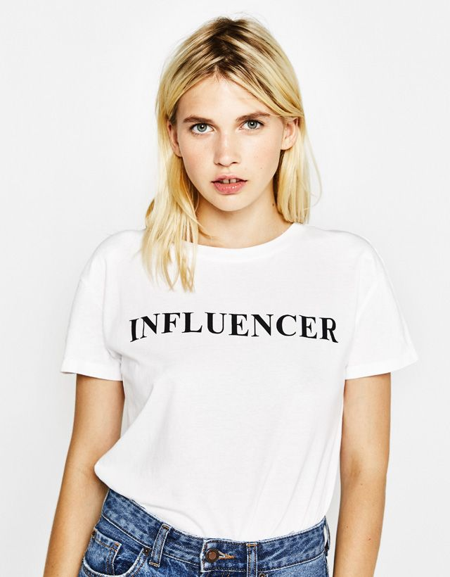 b3fb8eb3a Text print T-shirt - Bershka  white  text  influencer  tshirt ...