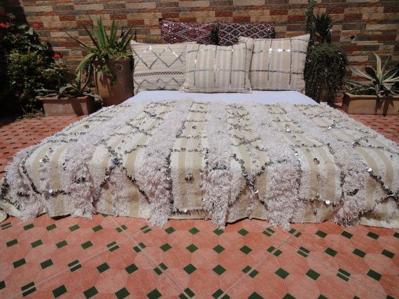 chic handira moroccan wedding blanket berber home decor pinterest marokkanische hochzeit. Black Bedroom Furniture Sets. Home Design Ideas