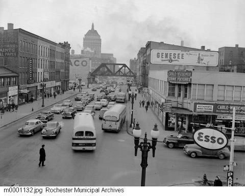 Late 1930 S 1940 S Street View From Downtown Looking North Down State Street Rochester New York Ontario County Tunnel Of Love