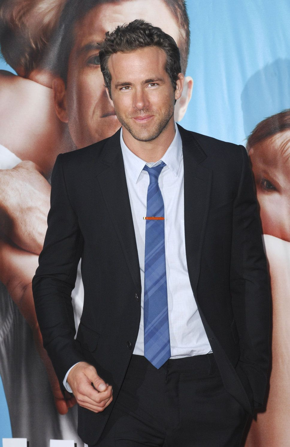 Celebrity Black Tie | Ryan Reynolds black suit white shirt blue ...