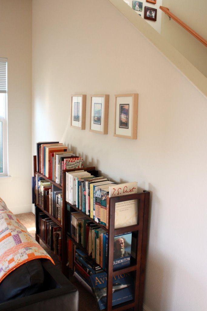 Cool Modern Simple Wooden House Designs To Be Inspired By: Simple Homemade Bookshelves Concept For Reading Room : Charming Minimalist Wooden Style Homemade