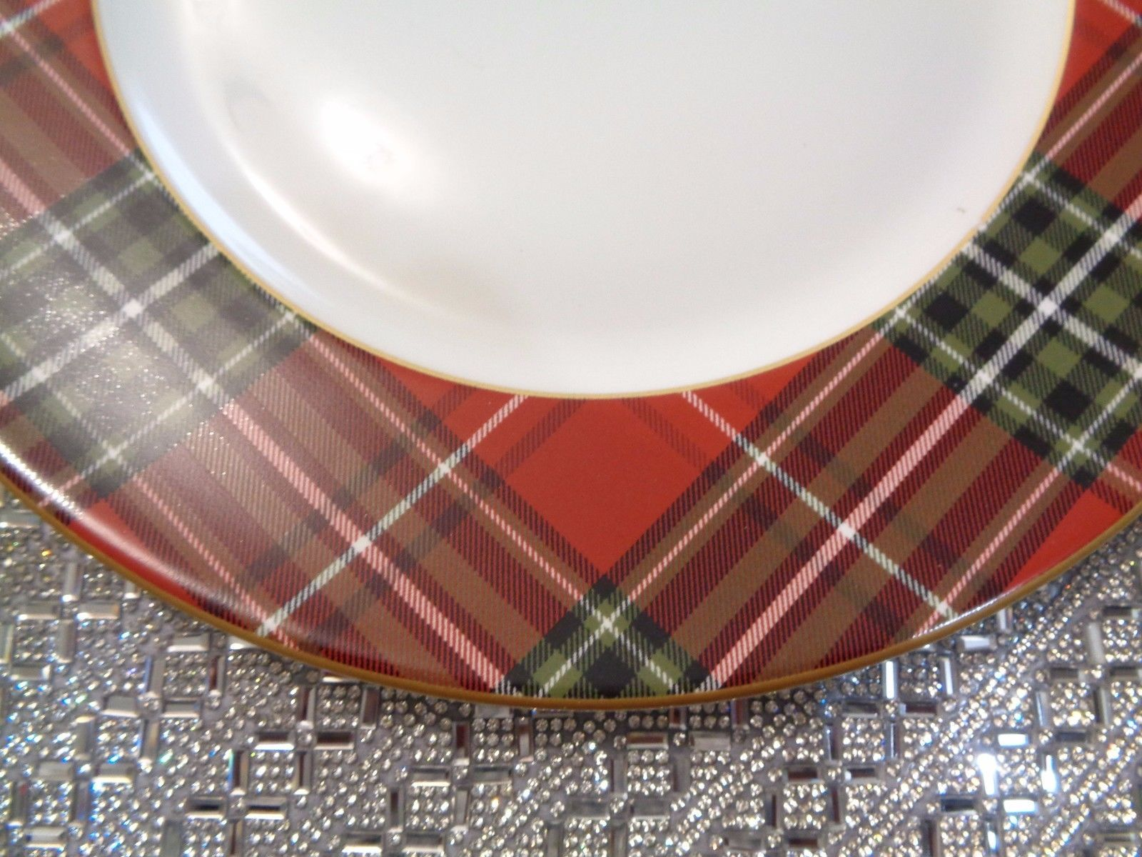 222 FIFTH WEXFORD CHRISTMAS PLAID GOLD RED DINNER PLATES SET OF 12 NEW RARE & 222 fifth wexford christmas plaid gold red dinner plates set of 12 ...