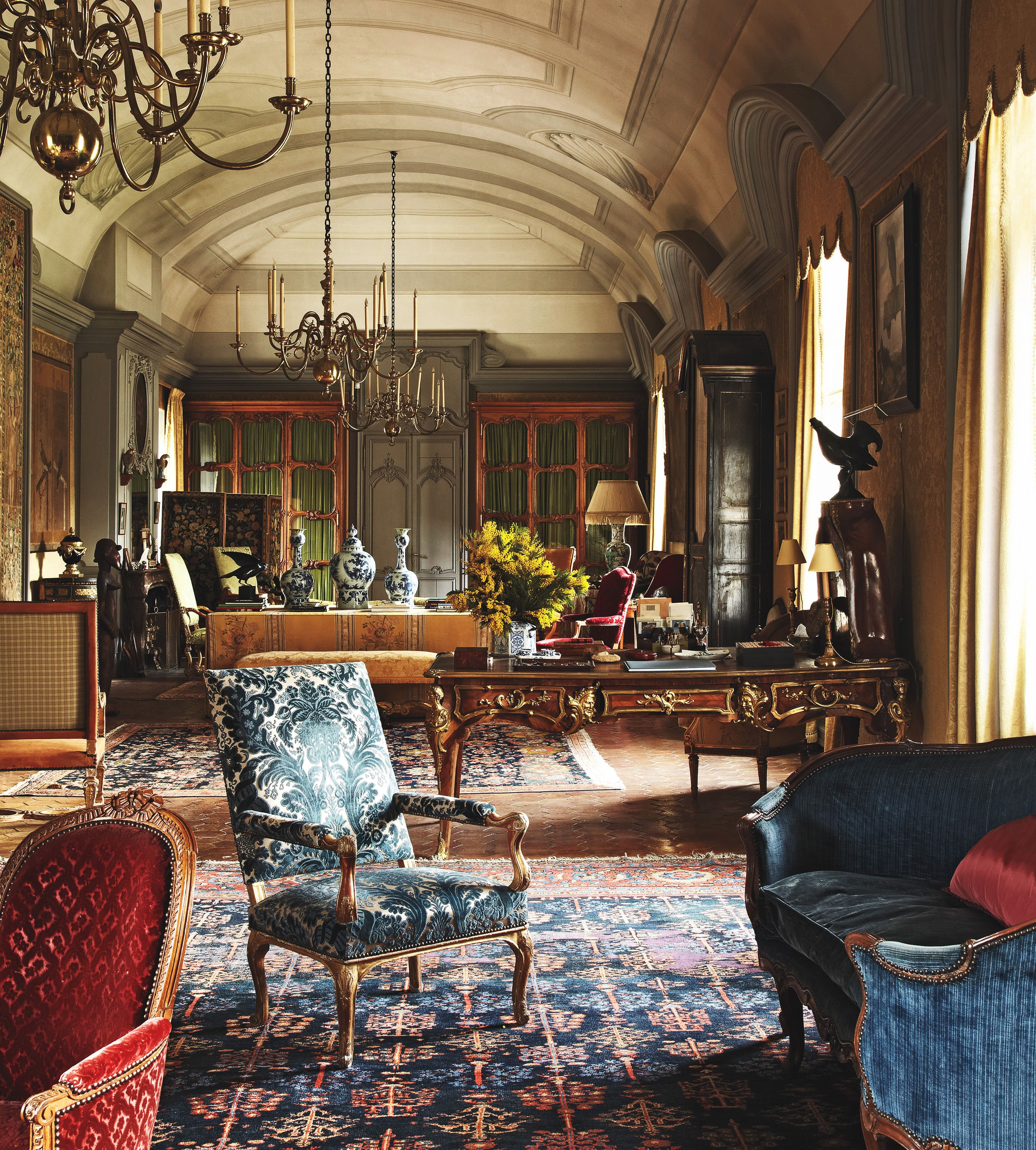 16th Century Chateau De Fleury A French Castle Furnished With Louis Xv And Xvi Antiques Interieur Engels Interieur Wonen
