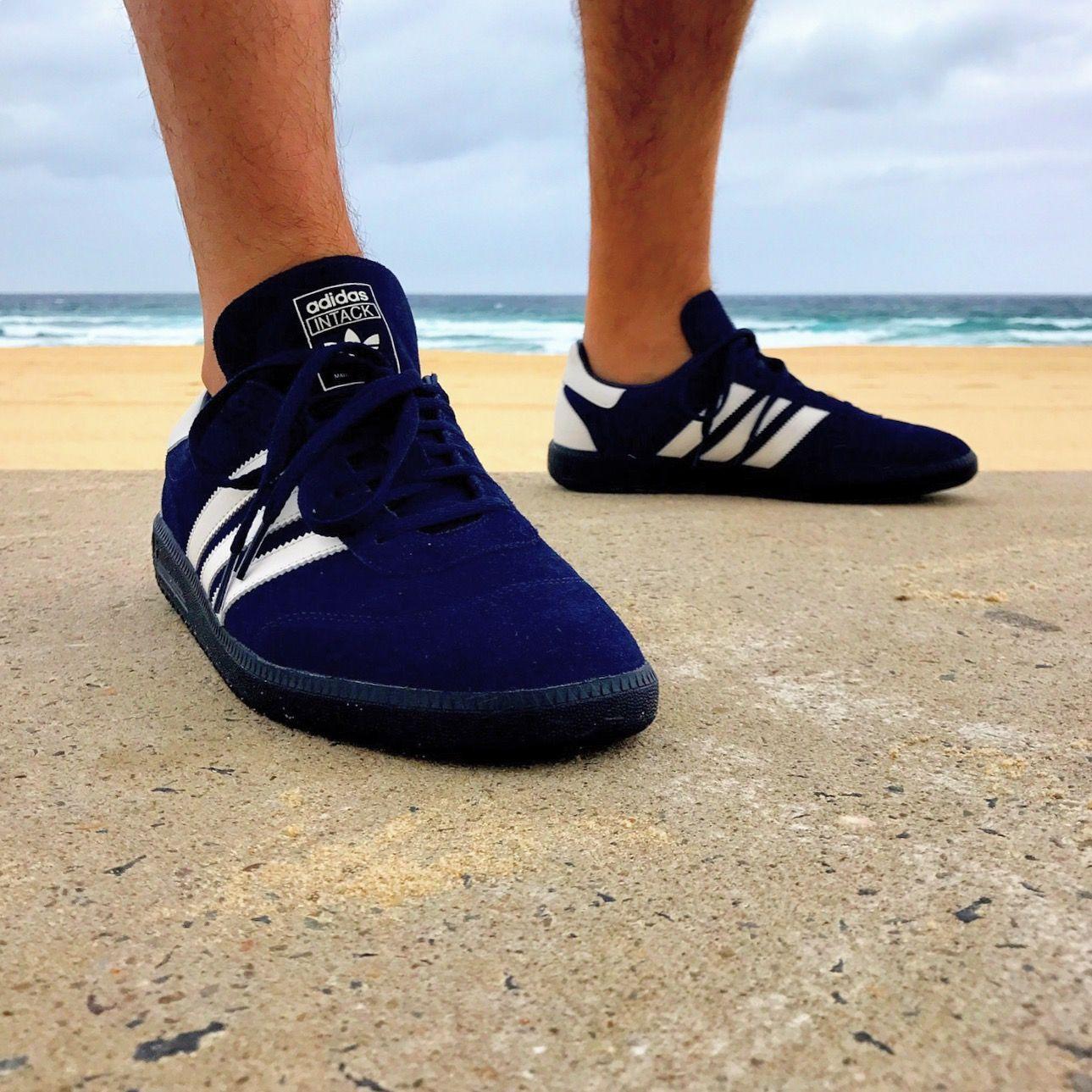 best sneakers 66f19 c9b34 adidas Originals Intack SPZL