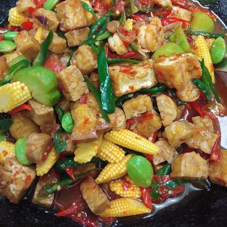 Tauco Sayur Pedas Resep Tauco Sayur Ala Iin Yap Bahannya Resep Makanan Asia Masakan Asia Resep Masakan