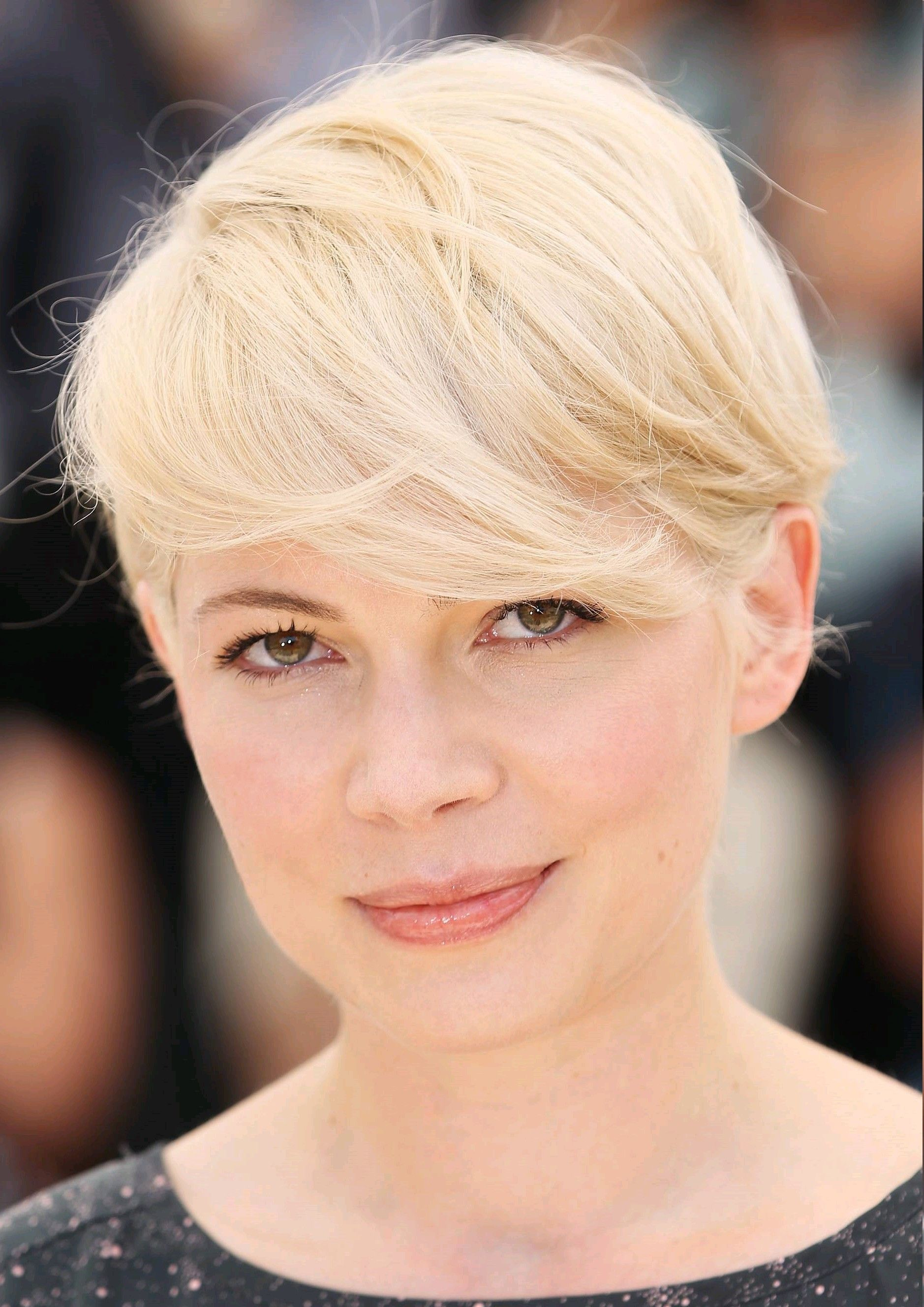 Short Hairstyles Celebrity Women for new look