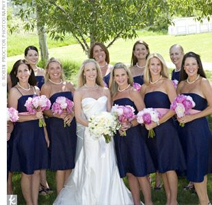 Pic Of How A Large Bridal Party Photographs With Navy Dresses Pink White Accent