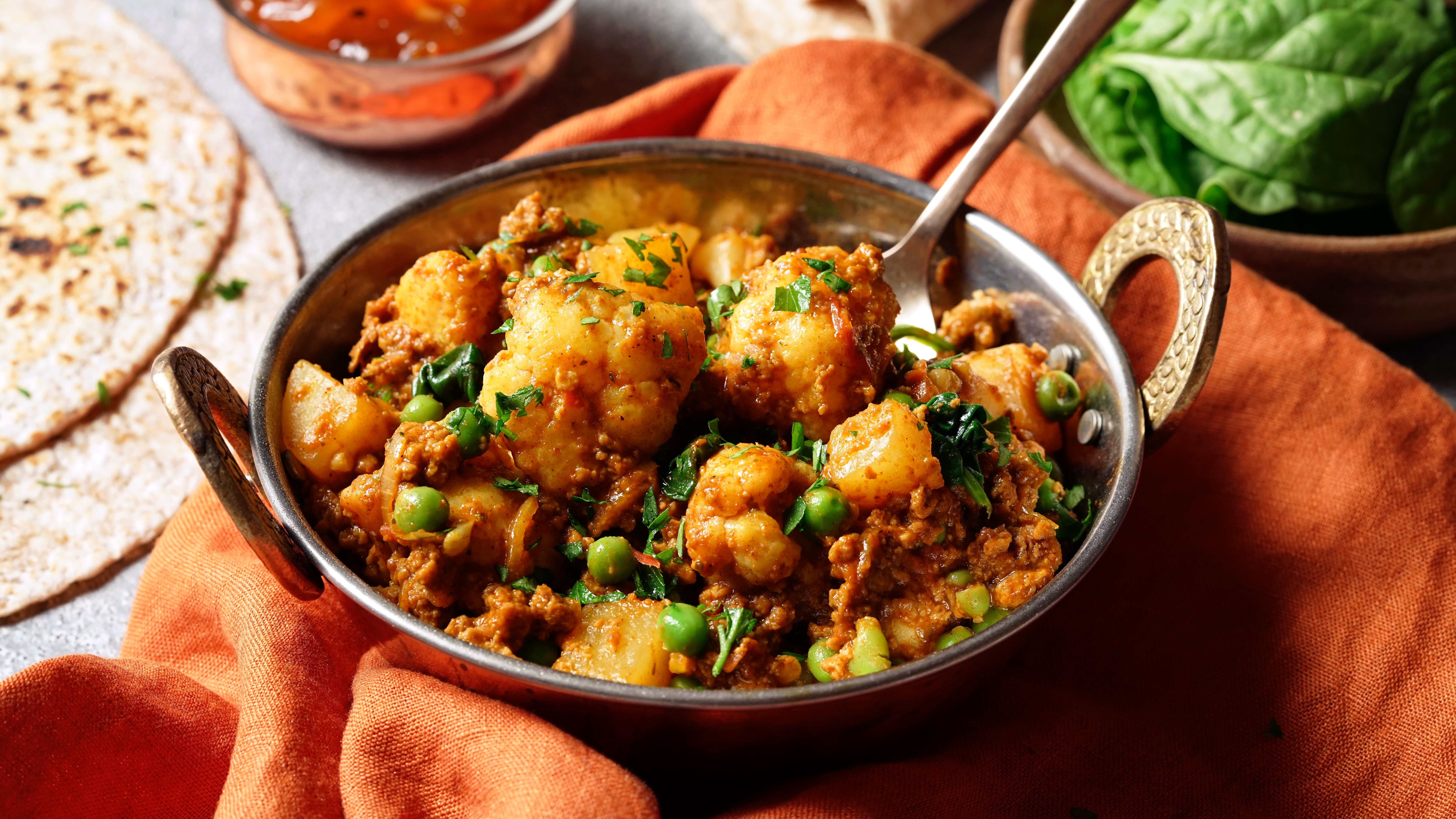 Easy Meatless Madras Curry Recipe Quorn Recipes Curry Quorn